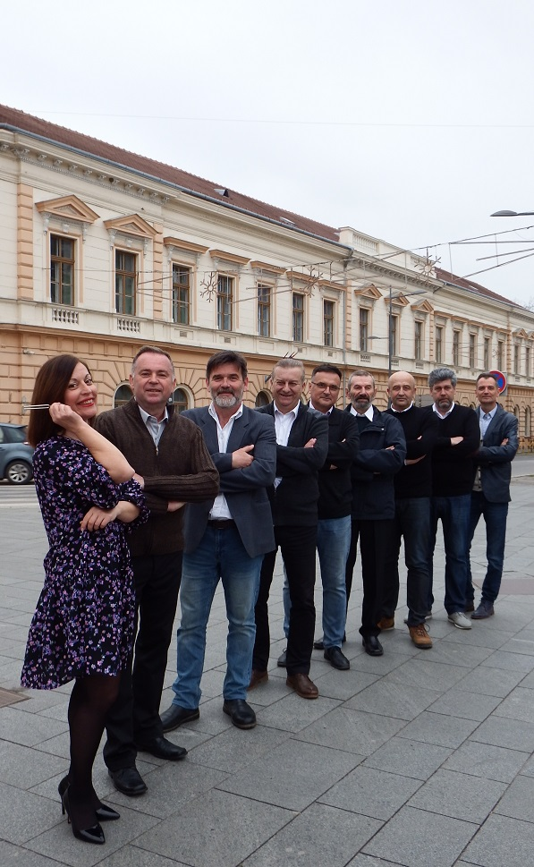 Muska vokalna grupa Pannonica Zrenjanin Srbija 2a