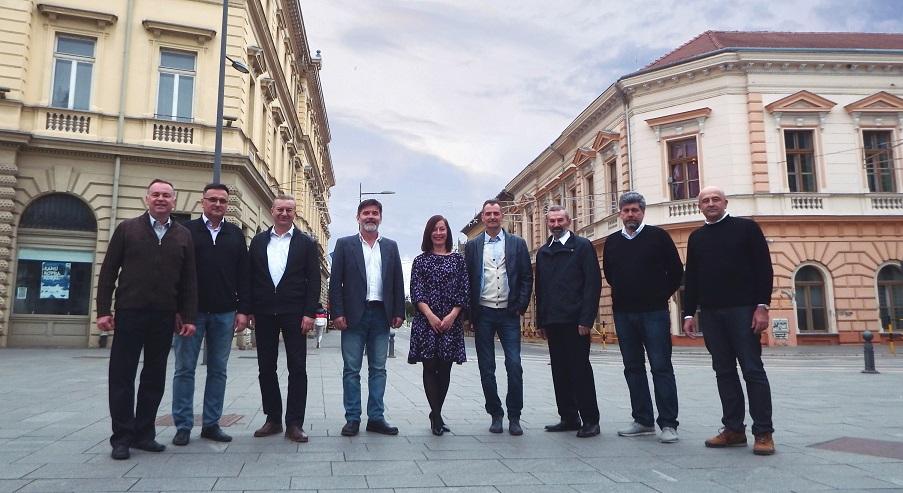 Muska vokalna grupa Pannonica Zrenjanin Srbija a